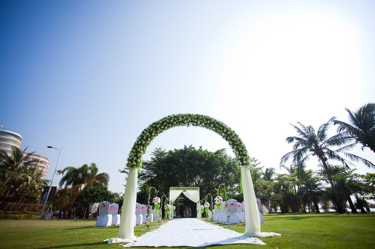 Ślub na zewnątrz
